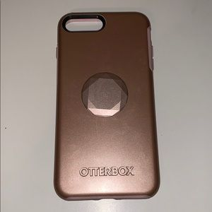 Accessories - Rose Gold Otterbox iPhone 7 Plus w/ popsocket